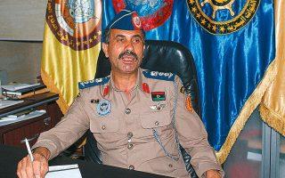 Ο εκπρόσωπος των λιβυκών ενόπλων δυνάμεων (GNA) σε πρόσφατη συνέντευξή του στο πρακτορείο Ρόιτερς στη Μισράτα (φωτ. REUTERS).