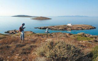 Η επιφανειακή έρευνα σε 10 νησίδες ανοιχτά της Πάρου και της Αντιπάρου πέρυσι, με τη χρήση διεπιστημονικών μεθόδων, κατέγραψε ανθρώπινη δραστηριότητα από τους προϊστορικούς χρόνους έως τις μέρες μας (ΕΦΑ Κυκλάδων).