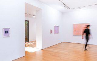 Από την έκθεση του Paolo Colombo που παρουσιάστηκε στην γκαλερί Bernier - Eliades. φωτογραφία: Μιχαήλ Δαμάσκος