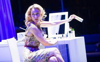 Το «Λεωφορείον ο πόθος» με την Γκίλιαν Αντερσον θα αναμεταδίδει το Εθνικό Θέατρο της Αγγλίας στο κανάλι του στο YouTube.