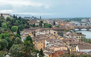 Μία από τις επτά πόλεις που είδε τα ποσοστά των εκπομπών διοξειδίου του άνθρακα να μειώνονται (κατά 45%) είναι η Φλωρεντία.