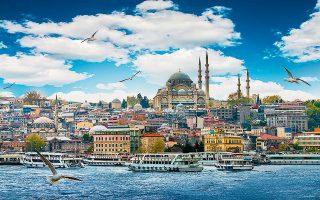 Σύμφωνα με δημοσκόπηση που διεξήγαγε ο διεθνής οργανισμός IMWF μεταξύ 822 επιχειρήσεων και 1.468 επαγγελματιών του τουριστικού κλάδου σε 45 χώρες, η Τουρκία θα είναι ο προορισμός που θα σημειώσει τη μεγαλύτερη και ταχύτερη ανάκαμψη μετά την πανδημία.