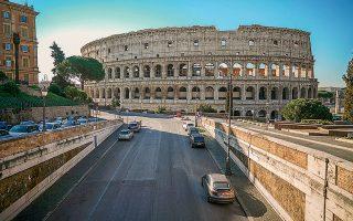 Στην Ιταλία, τα μνημεία και τα αξιοθέατα, στα οποία μπορούν να τηρηθούν οι προβλεπόμενες αποστάσεις ασφαλείας, θα ξανανοίξουν μέσα στον Μάιο.