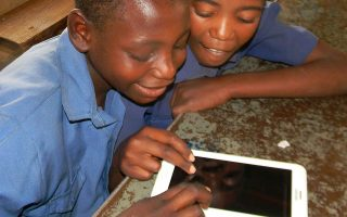 H αυξανόμενη ζήτηση για ταχύτερο Ιντερνετ, κυρίως από νέους Αφρικανούς, αποτελεί το βασικό  κίνητρο της Facebook.