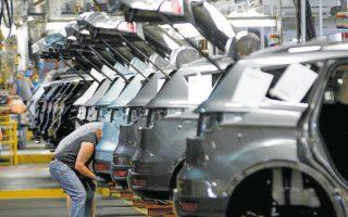 Οι αυτοκινητοβιομηχανίες είτε χρησιμοποίησαν υπάρχουσες γραμμές πίστωσης, που είχαν ήδη με τις τράπεζές τους, είτε αναζήτησαν νέες για να αντεπεξέλθουν στη μειωμένη ζήτηση.