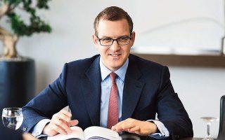 Ο Ντάνιελ Κρετίνσκι επεκτείνει την επενδυτική του παρουσία στις Ηνωμένες Πολιτείες. Στην Ευρώπη διατηρεί μερίδια σε 70 εταιρείες σε 12 χώρες, με περιουσιακά στοιχεία 13,3 δισ. ευρώ.