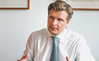 Τόμας Μπαράις: Ο στόχος μας είναι να παρακολουθούμε στενά τα επιδημιολογικά δεδομένα και αν εντοπίζουμε κάποια νέα εστία κρουσμάτων εντός της Ε.Ε., σε άλλες χώρες της ζώνης Σένγκεν ή στο Ηνωμένο Βασίλειο, να υπάρχουν κοινά κριτήρια για την εκ νέου επιβολή περιορισμών στις μετακινήσεις.