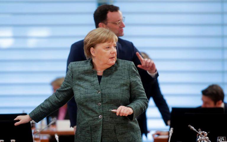Γερμανία: Λανθασμένα στοιχεία για τον αριθμό των νοσούντων έδωσαν η Μέρκελ και ο υπ. Υγείας