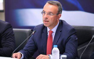 Ο υπουργός Οικονομικών Χρήστος Σταϊκούρας εκτιμά ότι υπάρχουν περιθώρια για να μειωθεί και η φορολογία (φωτ. INTIME).