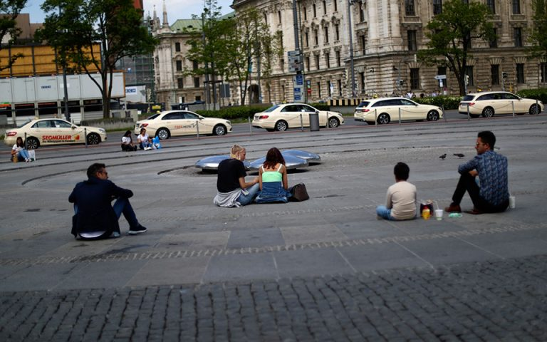 Γερμανία: Ανησυχία για την αυξητική τάση κρουσμάτων μετά τη χαλάρωση των μέτρων