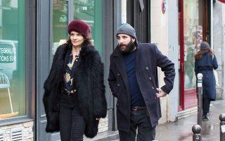 Οι δύο πρωταγωνιστές της ταινίας του Ολιβιέ Ασαγιάς, «Παιχνίδια ζευγαριών».