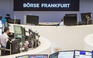 Στη Φρανκφούρτη ο δείκτης DAX έκλεισε με απώλειες 1,57%.