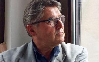 Ο σκηνοθέτης Νίκος Καμτσής.