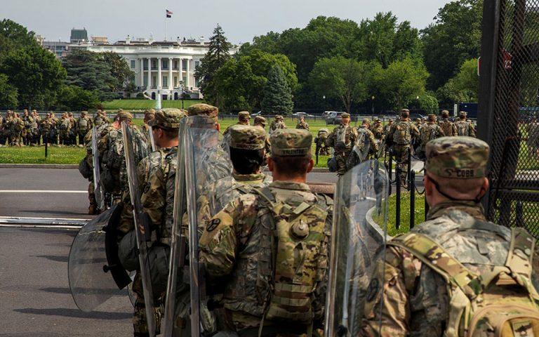 Ανάλυση: Η απειλή του στρατού στις ΗΠΑ