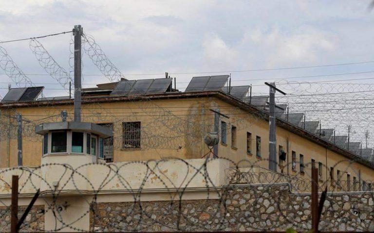 Κορυδαλλός: Ολονύχτια έρευνα στα κελιά κρατουμένων για τρομοκρατία και οικονομικά εγκλήματα