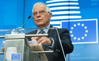 O ύπατος εκπρόσωπος της Ευρωπαϊκής Eνωσης για θέματα Εξωτερικής Πολιτικής και Πολιτικής Ασφαλείας Ζοζέπ Μπορέλ, σύμφωνα με πληροφορίες, στις Καστανιές θα έχει εικόνα των συνόρων Ελλάδας και Ε.Ε. με την Τουρκία, κατά τη διάρκεια πτήσης με ελικόπτερο (φωτ. A.P.).