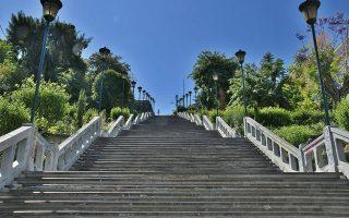 Oι σκάλες Αγίου Νικολάου.