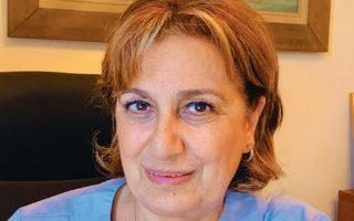 Η Αναστασία Κοτανίδου, καθηγήτρια Εντατικής Θεραπείας Ιατρικής Σχολής ΕΚΠΑ και πρόεδρος της Ελληνικής Εταιρείας Εντατικής Θεραπείας.