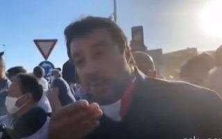 napoli-orgismenoi-polites-petaxan-ayga-ston-salvini-vinteo0
