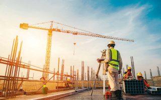 Τα έργα για τον εκσυγχρονισμό των κτιρίων βρίσκονται στο επίκεντρο των προτάσεων της Ε.Ε. για το Ταμείο Ανάκαμψης, προβλέποντας μάλιστα τη μόχλευση συνολικών κεφαλαίων της τάξεως των 110 δισ. ευρώ ετησίως.