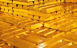H τιμή του χρυσού έχει ενισχυθεί κατά 15% το τελευταίο έτος, καθώς οι επενδυτές τον επιλέγουν ως ασφαλές καταφύγιο.