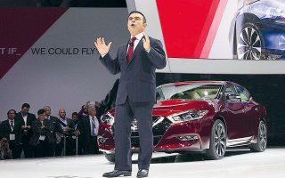 Ο Κάρλος Γκοσν, πρώην γενικός διευθυντής της Nissan, μετά τις κατηγορίες εις βάρος του από τις ιαπωνικές αρχές, με μια χολιγουντιανή απόδραση κατέφυγε στον Λίβανο.