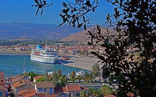 royal-caribbean-cruises-anastoli-kroyazieron-mechri-15-septemvrioy0