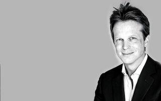 Ο Άλεξ Ντέιβισον είναι Γενικός Διευθυντής της  L'Oréal Hellas.