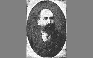 Ο Αλέξανδρος Μωραϊτίδης (φωτ.) έγραψε το εκτενέστατο διήγημα «Με τα πανιά» που ενθουσίασε τον Ζαχαρία Παπαντωνίου.