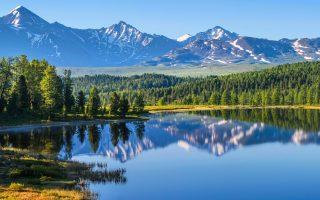 Φωτ. SHUTTERSTOCK - Στη Σιβηρία, η θερμοκρασία έφτασε 10 βαθμούς Κελσίου πάνω από το συνηθισμένο οδηγώντας νωρίτερα από ποτέ το λιώσιμο των πάγων