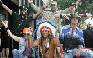 village-people-enantion-tramp0