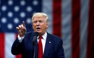 «Το πιο σημαντικό για τη χώρα είναι να κρατήσουμε τους ανθρώπους μας ασφαλείς», είπε ο Τραμπ.