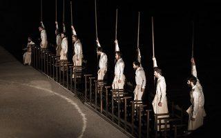 Οι «Πέρσες» του Αισχύλου στην Επίδαυρο από το Εθνικό Θέατρο.