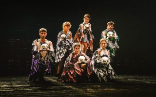 Οι «Ορνιθες» του Αριστοφάνη στο Θέατρο Δάσους από το ΚΘΒΕ.
