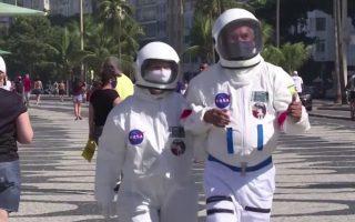 vrazilia-volta-me-stoli-astronayti-kata-toy-koronoioy-vinteo0