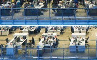 Σύμφωνα με τον ΟΟΣΑ, σε τρεις μήνες ο νέος κορωνοϊός διέγραψε την αύξηση της απασχόλησης που είχε σημειωθεί την τελευταία δεκαετία.