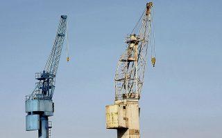 Τις επόμενες ημέρες, θα κατατεθεί στη Βουλή η νέα τροπολογία παράτασης της σύμβασης των Ναυπηγείων Ελευσίνας με το Πολεμικό Ναυτικό, έτσι ώστε να συνεχιστεί κανονικά η μισθοδοσία των εργαζομένων.