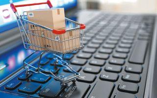 Στις πρώτες θέσεις στις προτιμήσεις των καταναλωτών τον φετινό Μάρτιο βρέθηκαν τα χαρτικά και τα είδη καθαρισμού, που σημειώνουν τη μεγαλύτερη ανάπτυξη πωλήσεων σε αξία (+407%) τον πρώτο μήνα της καραντίνας.