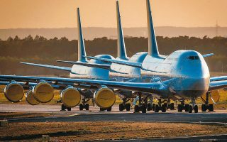 Από το 2016 και μετά, σύμφωνα με αναλυτές, η Boeing έχανε για κάθε 747-8 περίπου 40 εκατομμύρια δολάρια.