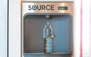 H Zero Mass Water δεν πρόκειται στο άμεσο μέλλον να ανταγωνιστεί τους κολοσσούς στην επεξεργασία του νερού, δεδομένου πως σε πρώτη φάση απλά θα μπορεί σε ετήσια βάση να παράγει 2,3 εκατομμύρια λίτρα ύδατος, σχεδόν όσο μία συνηθισμένη πισίνα ολυμπιακών διαστάσεων. To γεγονός πάντως ότι στο Ντουμπάι ένα λίτρο νερού κοστίζει 2,72 δολ. διαμορφώνει ιδιαίτερα ευοίωνες προοπτικές.
