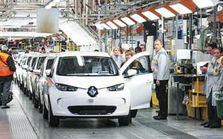 Ο όμιλος Renault - Nissan πρόκειται να κάνει 14.600 περικοπές θέσεων εργασίας και να περιορίσει την παραγωγική του ικανότητα.