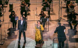 Με σπουδαίους Ελληνες και ξένους πρωταγωνιστές παρουσιάζονται στο Ηρώδειο τα δύο γκαλά όπερας της ΕΛΣ, το δεύτερο σήμερα στις 9 το βράδυ. (Φωτ. Α. ΣΙΜΟΠΟΥΛΟΣ)