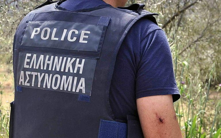 Ενα μικρό οπλοστάσιο βρέθηκε στην κατοχή άνδρα στο Αγρίνιο