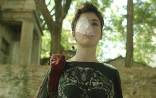Η Ηρώ Μπέζου πρωταγωνιστεί στην ταινία «Οντως φιλιούνται;» που προβάλλεται από την πλατφόρμα Cinobo.