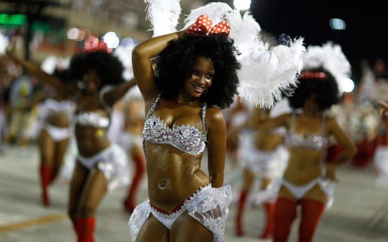 Βραζιλία: Το Σάο Πάολο αναβάλλει το καρναβάλι για το 2021