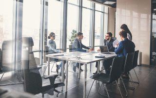 Το 69% των ερωτηθέντων στην έρευνα της Adecco τάσσεται υπέρ της αξιολόγησης με κριτήριο την επίτευξη των στόχων και όχι τις ώρες εργασίας.