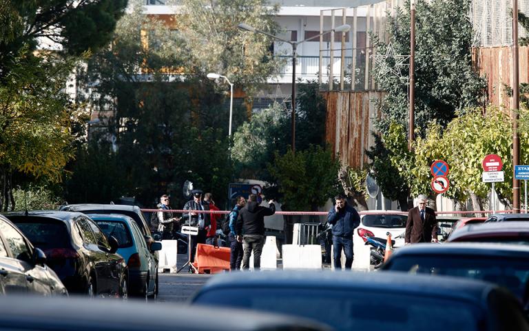 Κερατσίνι: Απομακρύνθηκε η χειροβομβίδα που είχε εντοπιστεί σε πλυντήριο οχημάτων