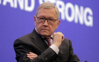 Ο κ. Ρέγκλινγκ είπε πως υπάρχουν ακόμη ανοικτά θέματα, αλλά η Ελλάδα έχει μερικές εβδομάδες να δουλέψει πριν από την ολοκλήρωση της έκθεσης στις 27 Φεβρουαρίου.