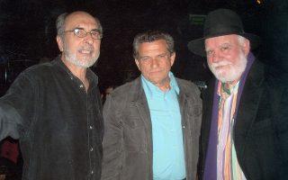 Ο Γ. Μαργαρίτης με τους Πέτρο Βαγιόπουλο και Μανώλη Ρασούλη.