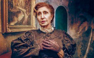 Η Σοφία Σεϊρλή μοιράζεται ανάμεσα σε δύο μάνες, η μία του Εμίλ Ζολά στην «Τερέζ Ρακέν» και η άλλη του Γκιλιέμ Κλούα στο «Χελιδόνι».